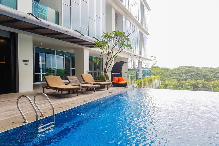 Cozy 1BR Apartment at Brooklyn near IKEA Alam Sutera By Travelio, Tangerang Selatan