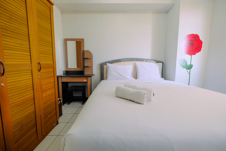 Homey and Tranquil 2BR at Kalibata City Apartment By Travelio, Jakarta Selatan