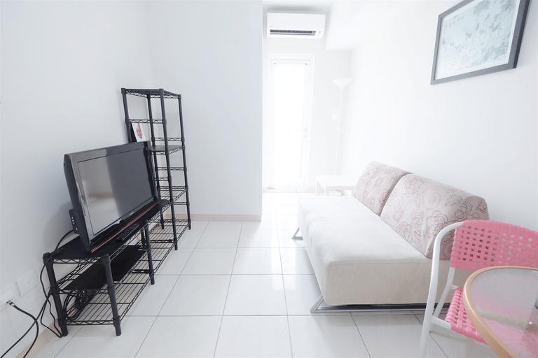 Spacious 2BR The Springlake Apartment By Travelio, Bekasi