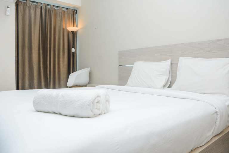 Premium and Comfy Studio Apartment @ Grand Kamala Lagoon By Travelio, Bekasi