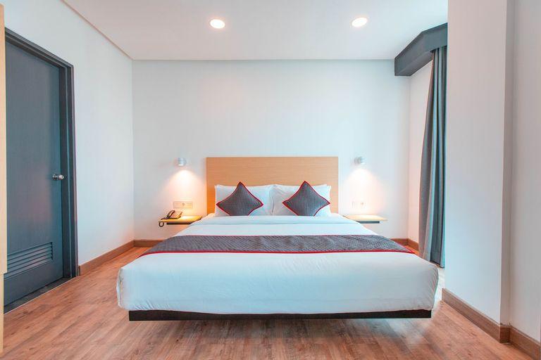 OYO Townhouse 1 Hotel Salemba Near RS PGI Cikini, Jakarta Pusat