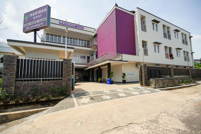 OYO 270 Madinah Residence Syariah, Palembang