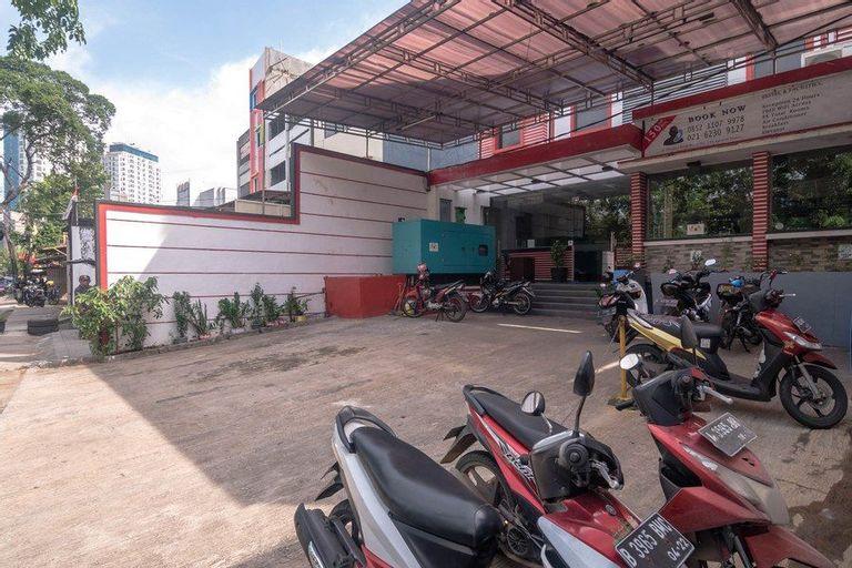 RedDoorz near RS Husada, Central Jakarta