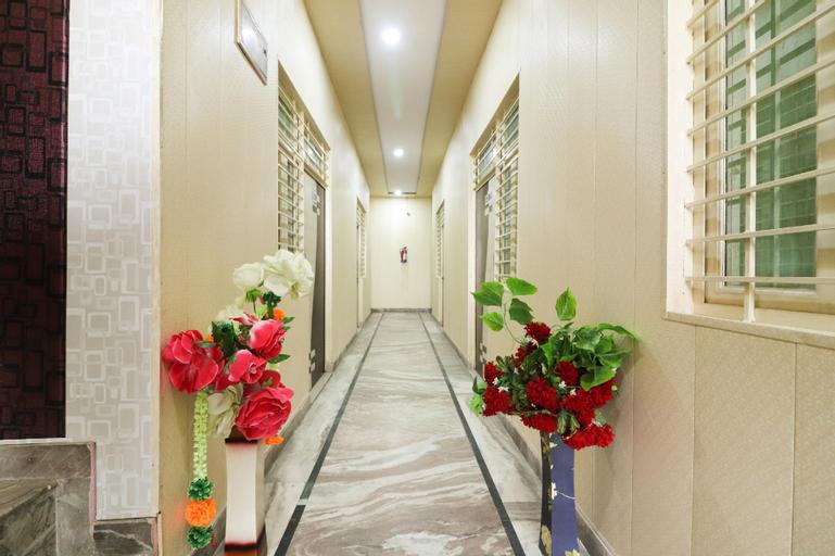 SPOT ON 61571 Bluesky Residency, Ghaziabad