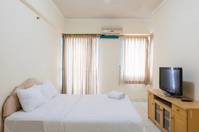Homey 1BR at Puri Kemayoran Apartment By Travelio, Central Jakarta