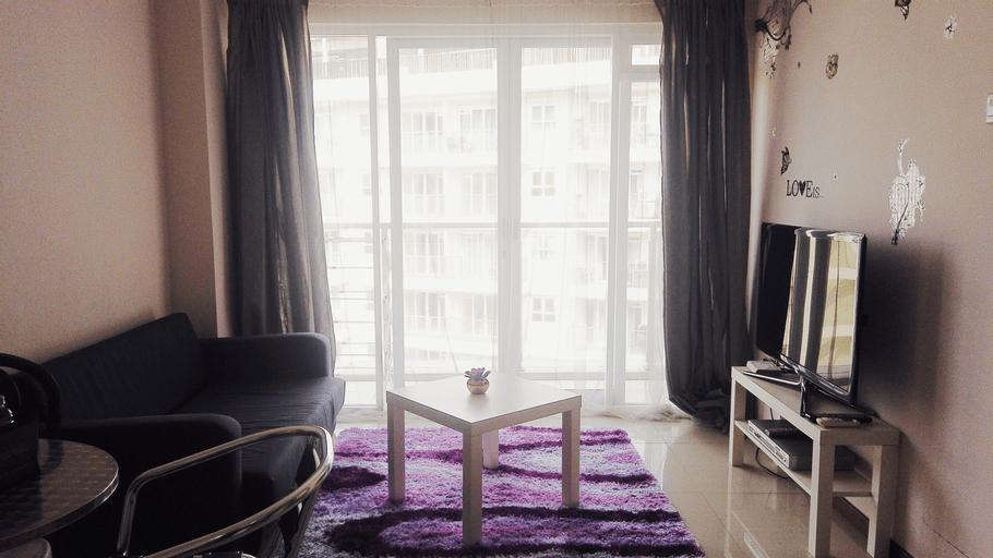 Compact 2BR Gateway Pasteur Apartement By Travelio, Cimahi