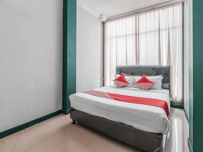 OYO 1319 Puspita Guesthouse, Bekasi