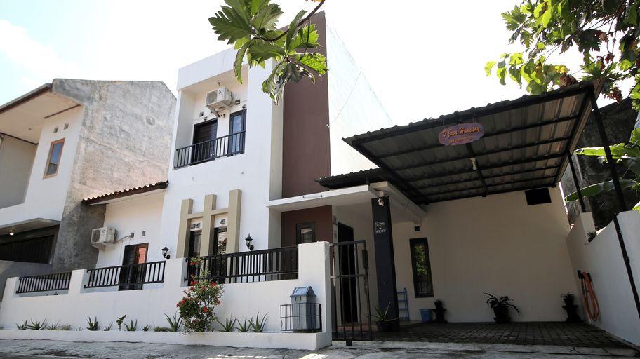 DJava Homestay Unit Monjali 2, Yogyakarta