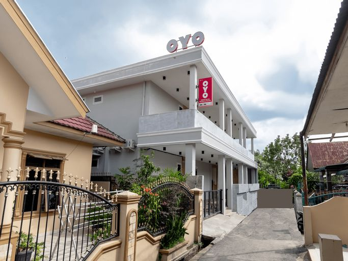OYO 1476 Asoka Family Residence Syariah, Medan