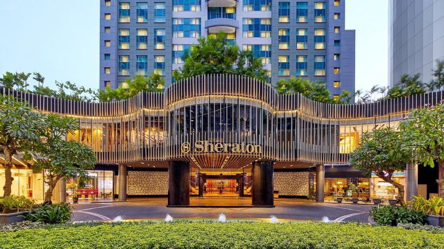 Sheraton Surabaya Hotel and Towers, Surabaya
