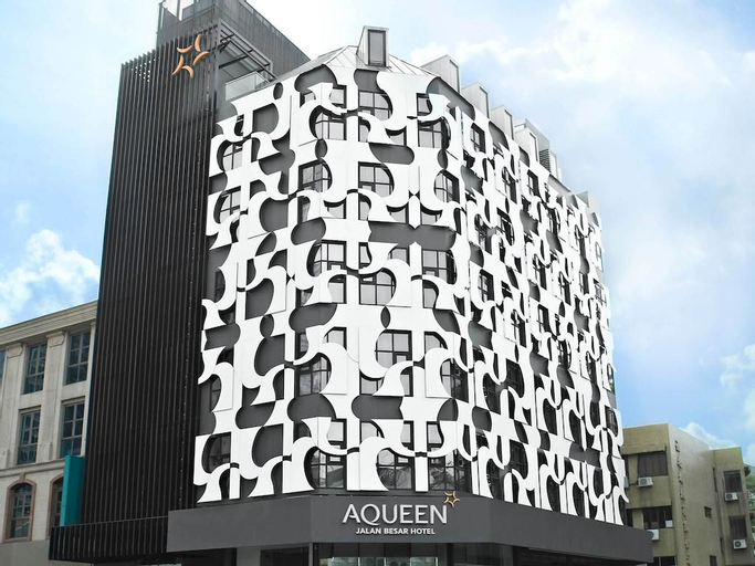 Aqueen Hotel Kitchener (SG Clean Certified), Rochor
