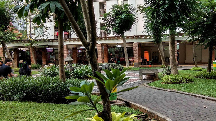Comfy 2BR at Green Palace Kalibata City Apartment near Shopping Mall By Travelio, South Jakarta