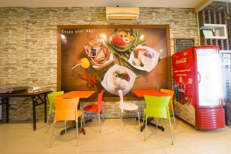 RedDoorz@ Budget Hotel Ambon, Ambon