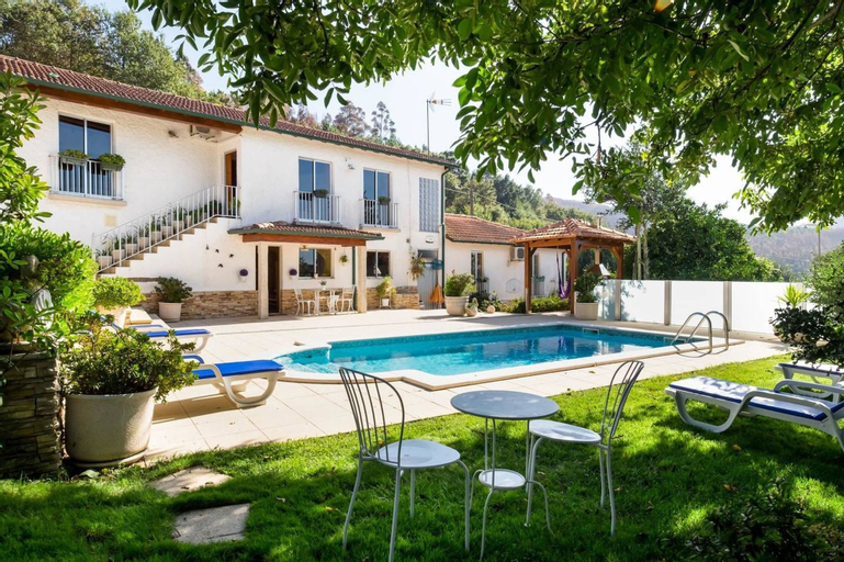 Villa With 5 Bedrooms in Agueda, With Wonderful Mountain View, Private, Tondela