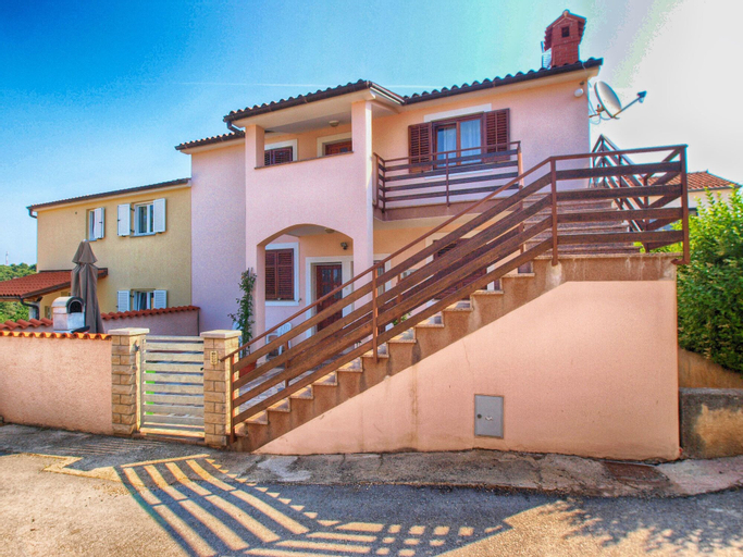 Apartments Antonieta 1209, Medulin