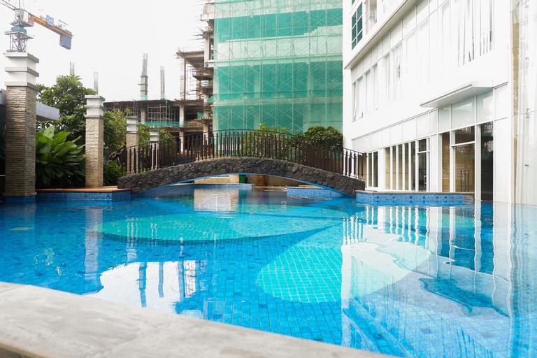 Premium 2BR Apartment at Grand Sungkono Lagoon By Travelio, Surabaya
