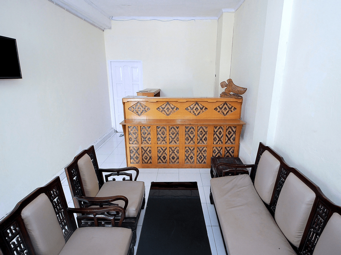 OYO 1335 Anie 71 Residence, Bengkulu