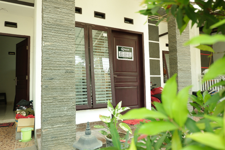 Goldenpark Homestay Syariah, Malang
