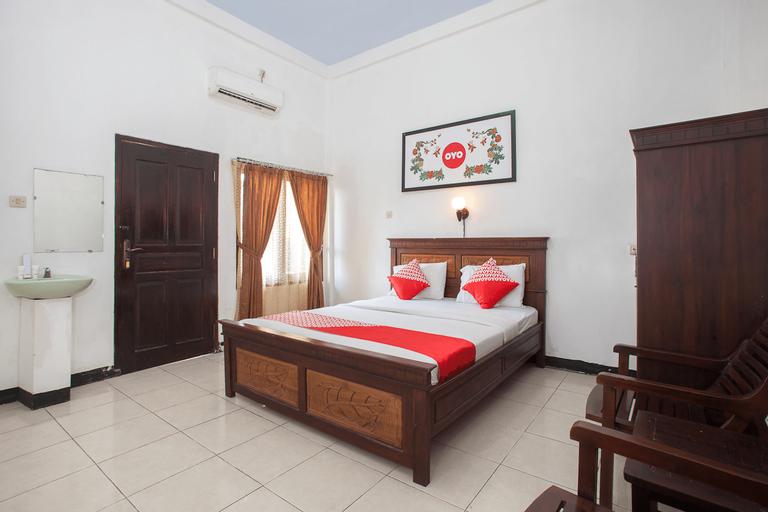 OYO 1069 Hotel New Rajawali, Pacitan