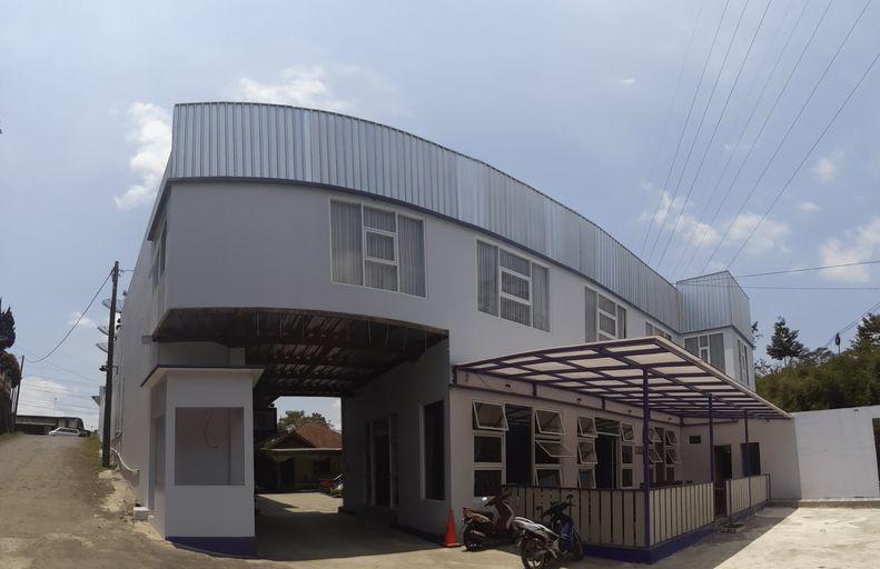 Hotel Tirta Arum, Wonosobo