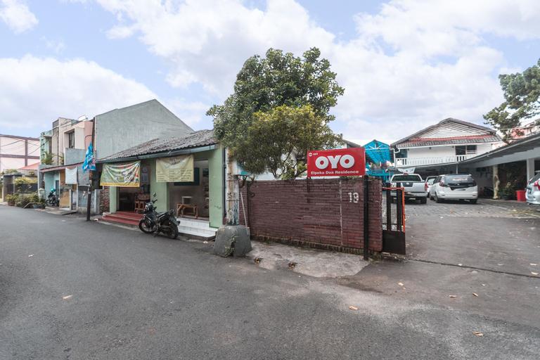 OYO 501 Elpeka Dua Residence, East Jakarta