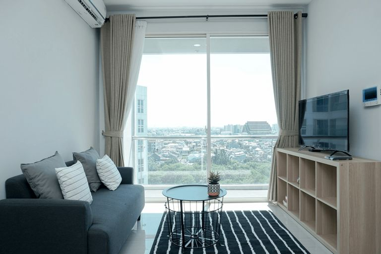 Beautiful 1BR at CitraLake Suites Apartment By Travelio, Jakarta Barat