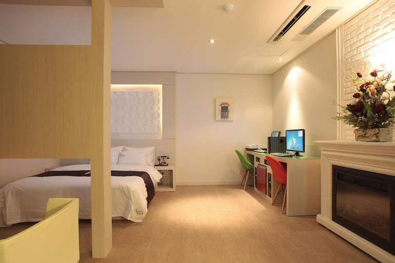 Art Hotel 1, Gyeyang