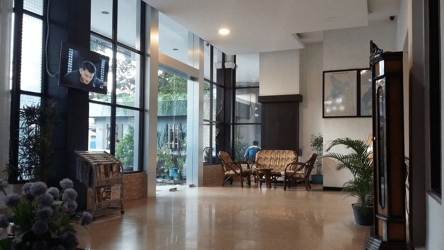 Queen City Hotel Banjarmasin ( A HARBOUR SIDE HOTEL ), Banjarmasin