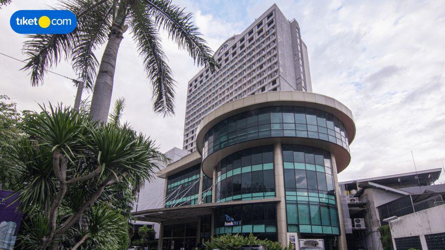 Garden Palace Hotel Surabaya, Surabaya