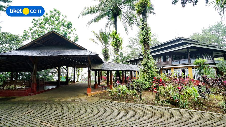 Villa Rumah Papan, Megamendung, Puncak, Bogor, Bogor