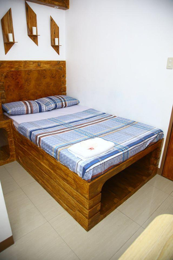 OYO 545 Andrew's Apartelle, Calamba City