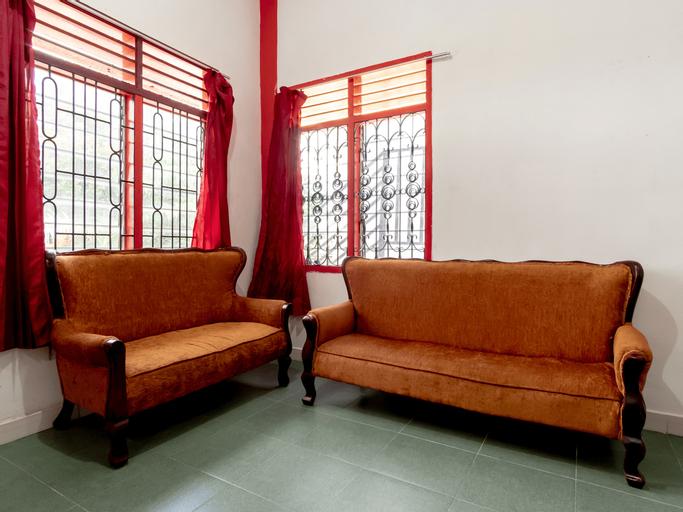 OYO 1874 Joh - Je Guest House, Medan