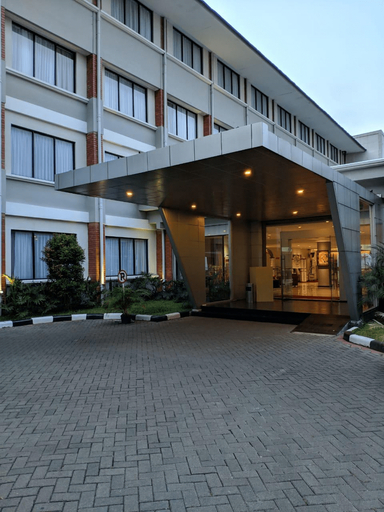 The Ammeerra, Bandung