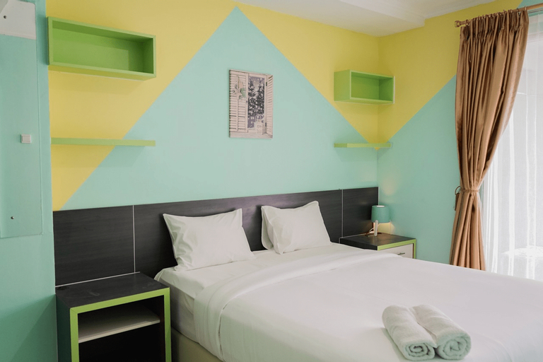 Elegant and Comfy 1BR Green Central City Apartment By Travelio, Jakarta Barat
