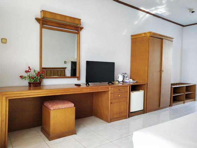 Bukit Kenari Hotel & Restaurant, Parepare