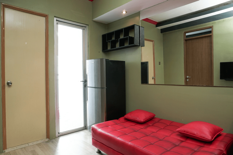 Nice 2BR Green Park View Daan Mogot Apartment By Travelio, West Jakarta