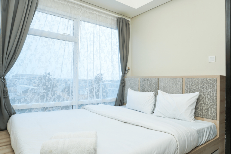 Best 1BR with Sofa Bed Puri Mansion Apartment By Travelio, Jakarta Barat