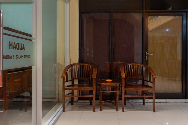 OYO 989 Audah Guesthouse Syariah, South Jakarta