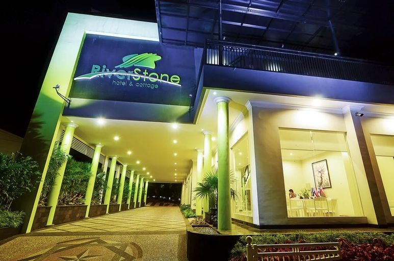 Riverstone Hotel & Cottage, Malang