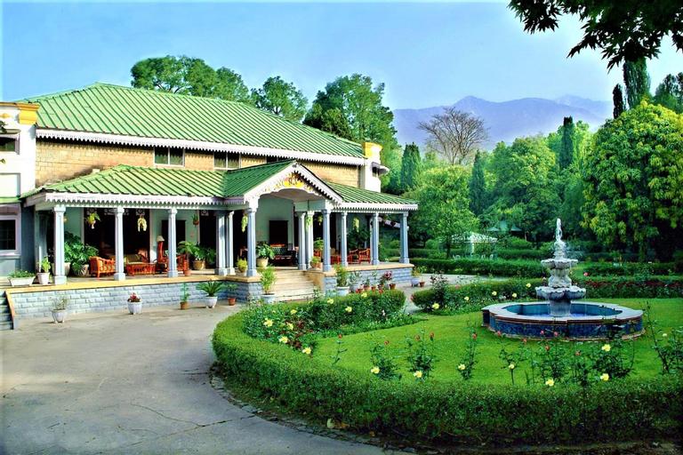 WelcomHeritage Taragarh Palace, Kangra
