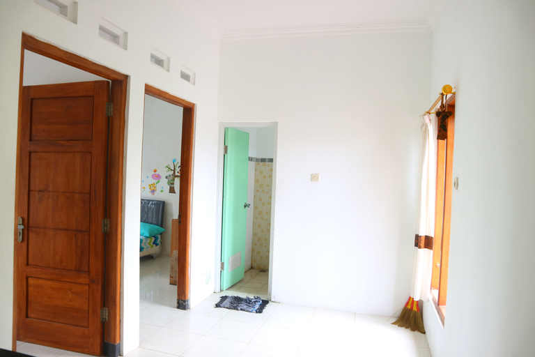 Rajawali Guesthouse, Sleman