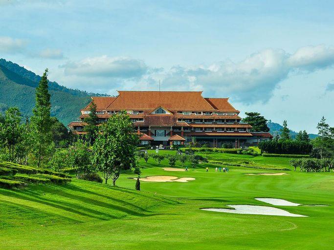 Bandung Giri Gahana Golf and Resort, Sumedang