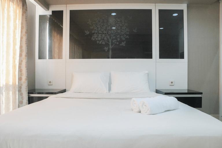 Cozy Studio Room Tamansari The Hive Cawang Apartment By Travelio, East Jakarta