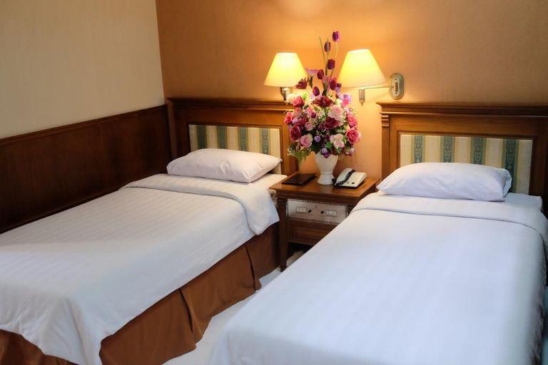 Sapta Nawa Budget Hotel, Gresik