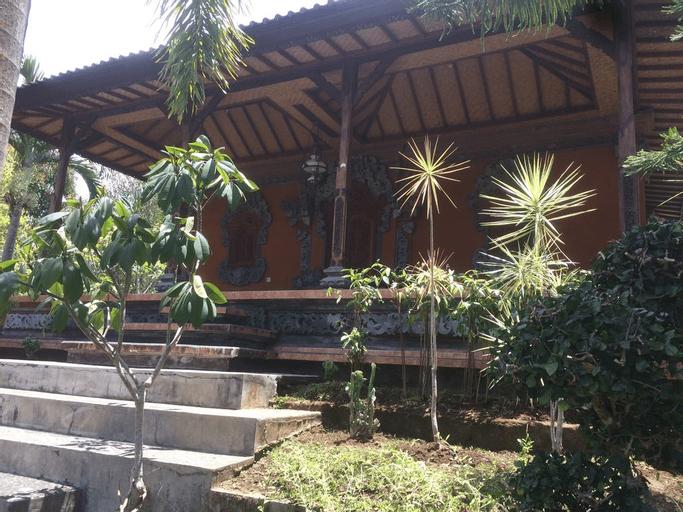 Bunga Celagi Homestay, Buleleng