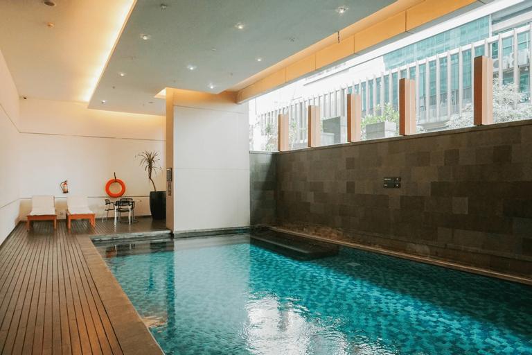 Suite 3BR Kemang Village Apartment By Travelio, South Jakarta