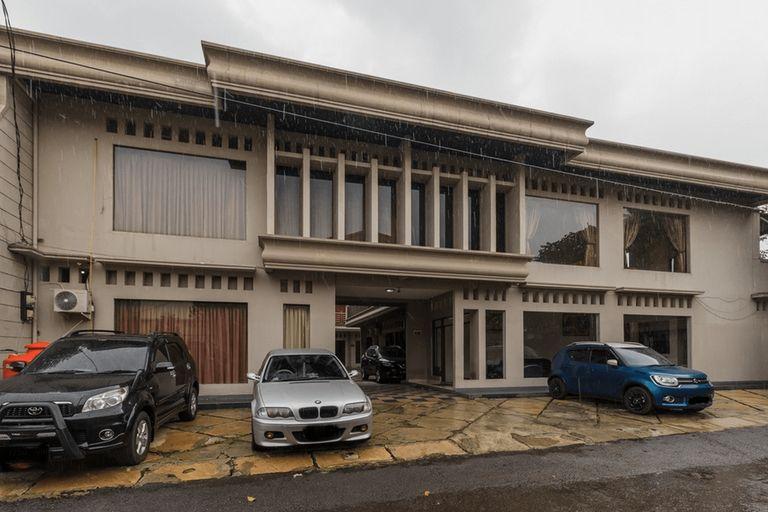 RedDoorz Syariah near Taman Air Mancur Bogor, Bogor