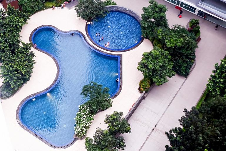 Homey 1BR Woodland Park Apartment Near Kalibata Plaza By Travelio, South Jakarta