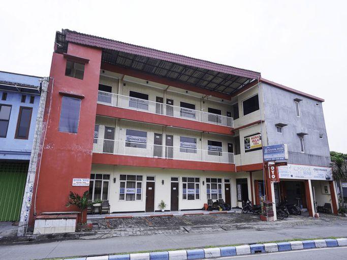 OYO 2612 Pondok Rizqi Syariah, Surabaya