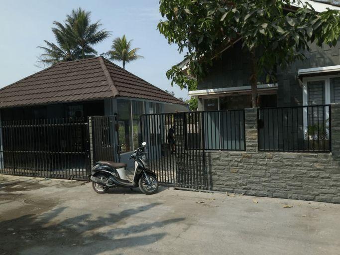 Villa Wongso Dikromo, Garut